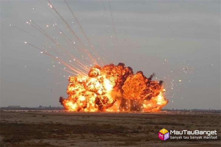 Father Of All Bombs  Rusia 4 kali lebih besar dari Mother Of All Bombs